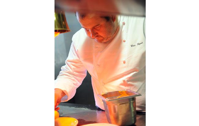 http://www.lapetitemaisondecucuron.com/uploads/tx_rgslideshow/eric-couleur-cuisine.jpg